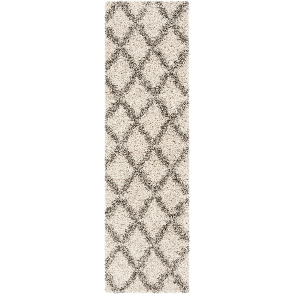 22X8 Geometric Loomed Runner Ivory/Gray - Safavieh Reviews