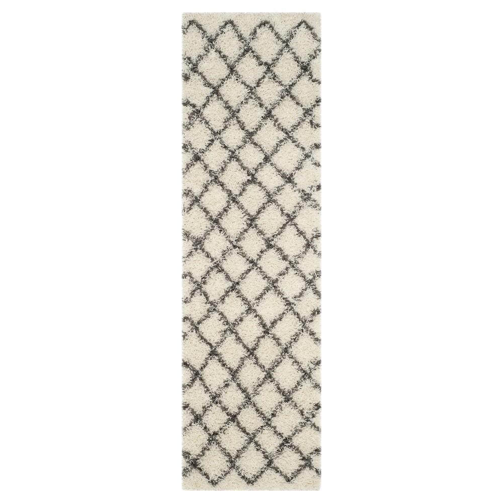 Ivory/Dark Gray Geometric Loomed Runner - (2'3X8' Runner) - Safavieh