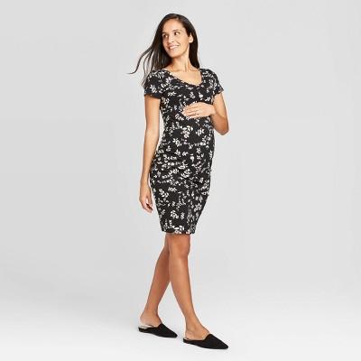Floral Print Short Sleeve T-Shirt Maternity Dress - Isabel Maternity by Ingrid & Isabel™ Black/White