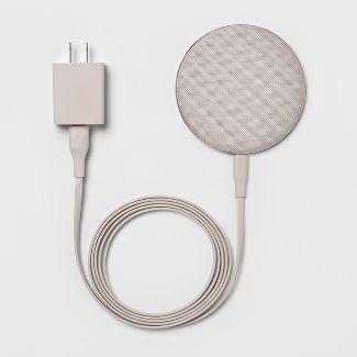 heyday™ Qi Wireless Fabric Charging Puck - Gunmetal