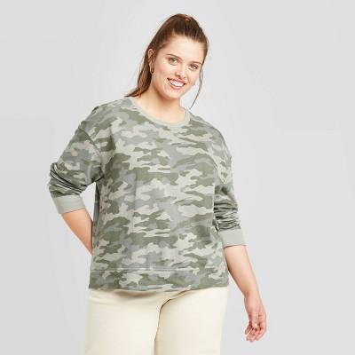 Women's Plus Size Camo Print Sweatshirt - Universal Thread™ Green