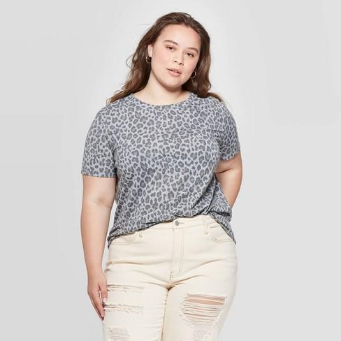 Women\'s Leopard Print Plus Size Short Sleeve Graphic T-Shirt (Juniors\') -  Gray