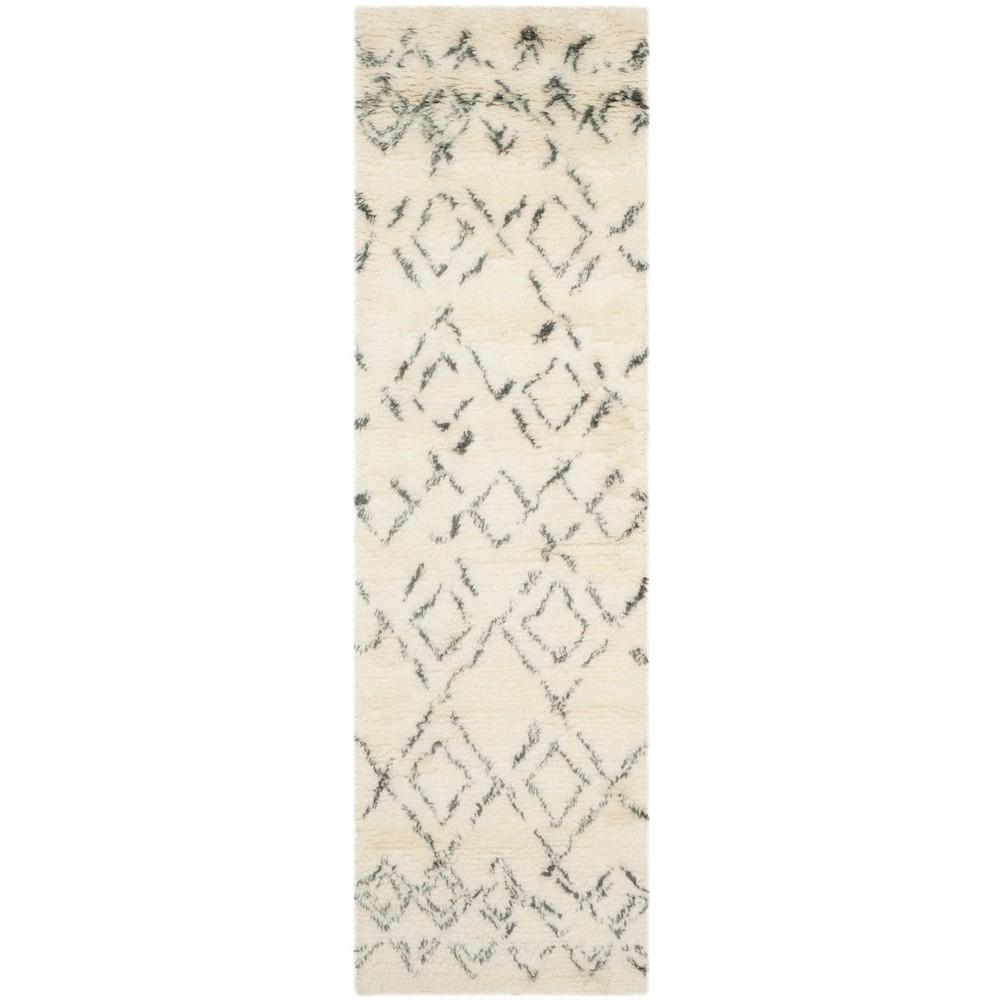 2'3X12' Geometric Tufted Runner Rug Ivory/Gray - Safavieh