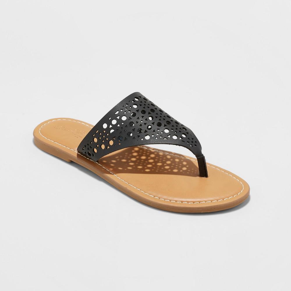 Women's Kessa Laser Cut Toe Thong Sandals - Universal Thread Black 9.5