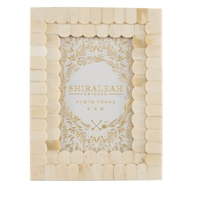 """Mansour Ivory Scalloped """"4 X 6"""" Picture Frame - Shiraleah"""