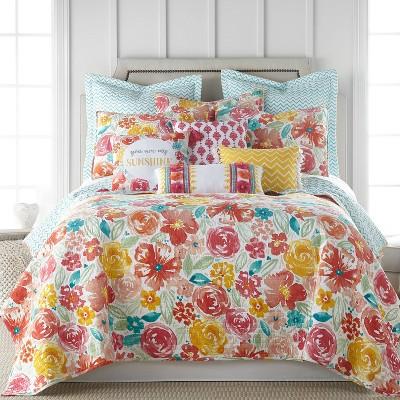 Leora Floral Quilt Set