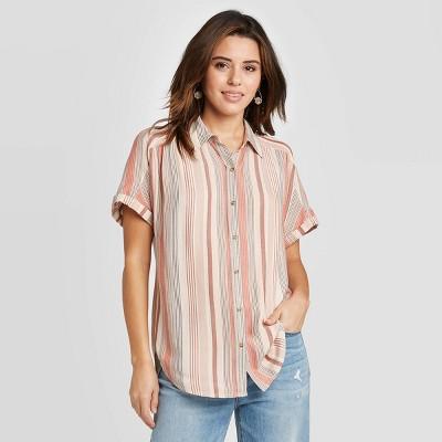 Women's Short Sleeve Button-Down Camp Shirt - Universal Thread™