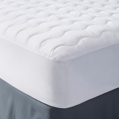 Microfiber Mattress Pad White (Queen)- Room Essentials™