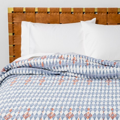 Diamond Embroidered Quilt Blue - Opalhouse™