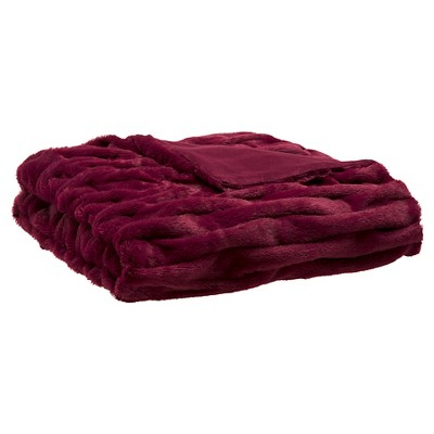 Red Ruched Faux Fur Throw (60 x50 )