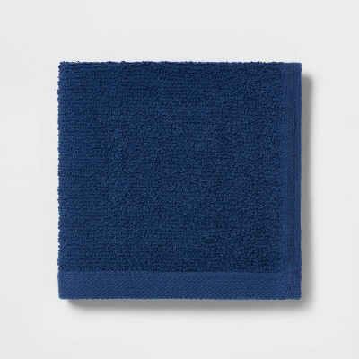 Everyday Solid Washcloth Navy Blue - Room Essentials™