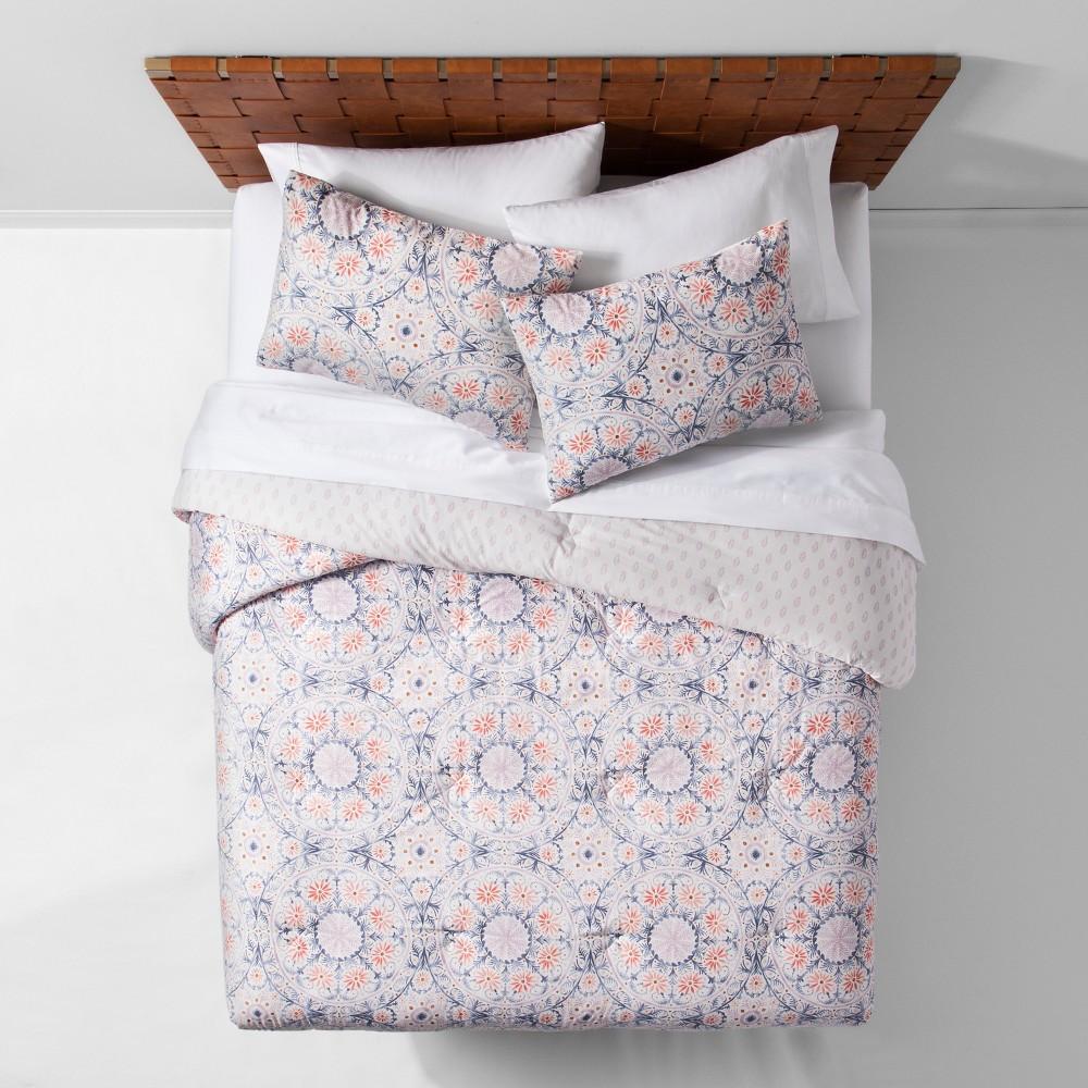 Reversible Medallion Comforter Set (Twin/Twin XL) - Opalhouse, Pink