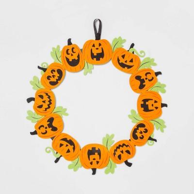 "16"" Felt Halloween Pumpkin Wreath Orange/Black - Hyde & EEK! Boutique™"