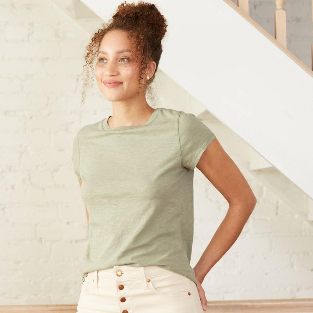 Cheap Women's Short Sleeve T-Shirt - Universal Thread™