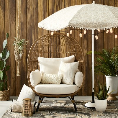 Refreshing Neutrals Outdoor Décor Collection