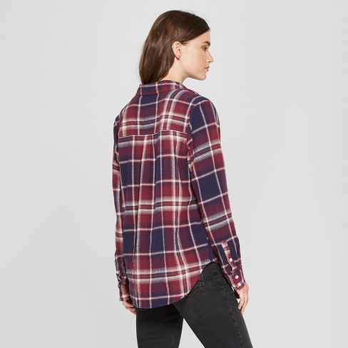 98ffb6c0 Women's Plaid Long Sleeve Flannel Shirt - Universal Thread™ Red XL ...