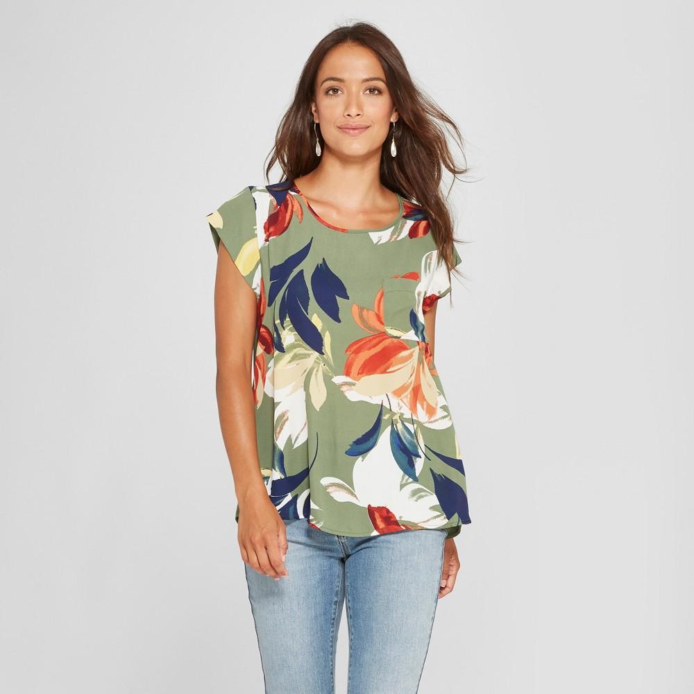 Women's Short Sleeve Floral Print Woven T-Shirt - Lux II - Green M