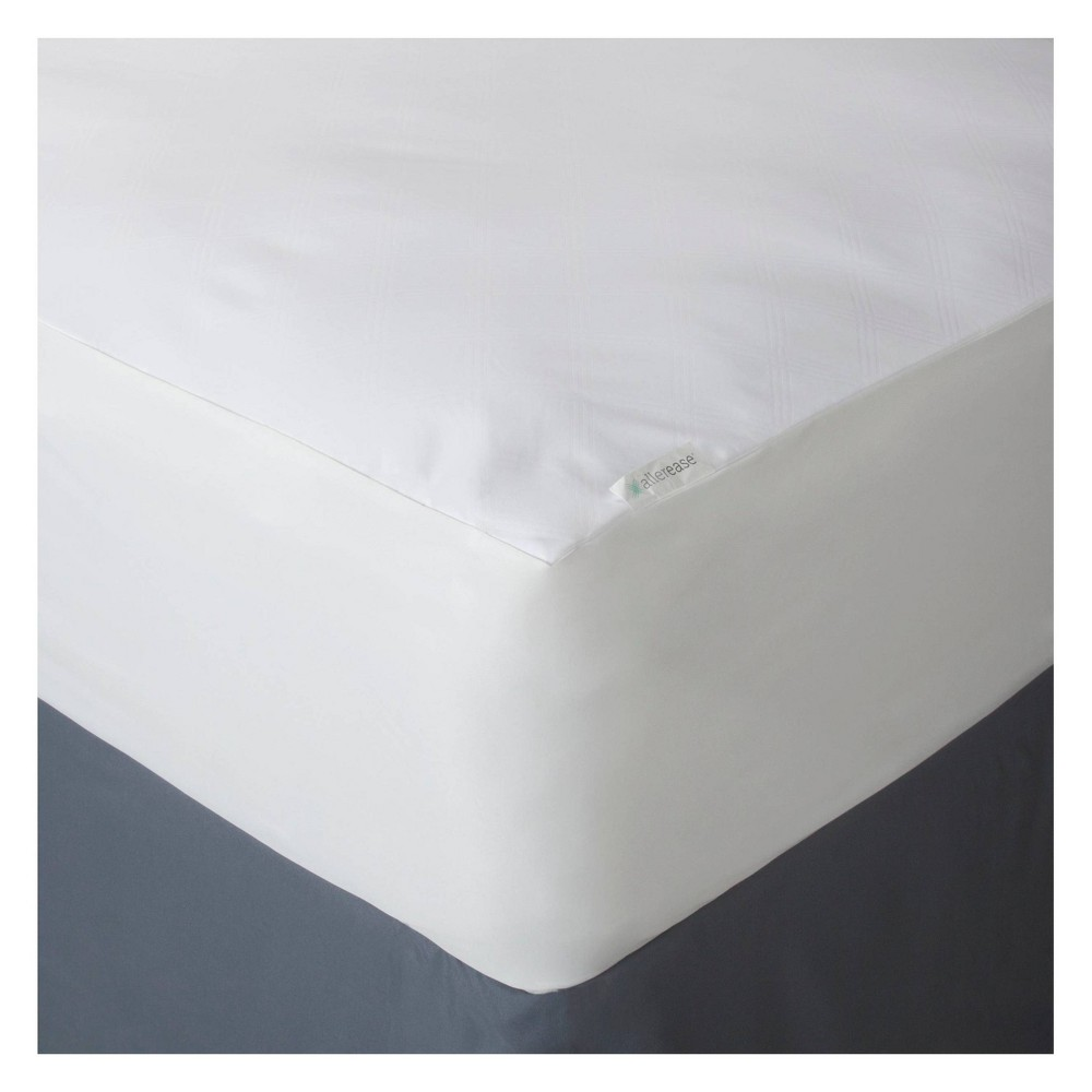 Image of AllerEase Ultimate Mattress Protector - White (Full)