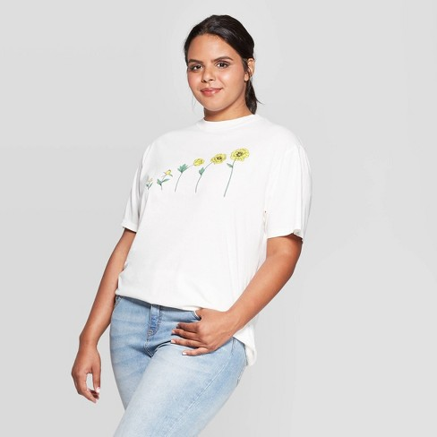 Women's Sunflowers Plus Size Short Sleeve Oversized T-Shirt - Mighty Fine (Juniors') - Ivory - image 1 of 2