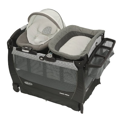 Graco Pack 'n Play Playard Snuggle Suite LX - Abbington