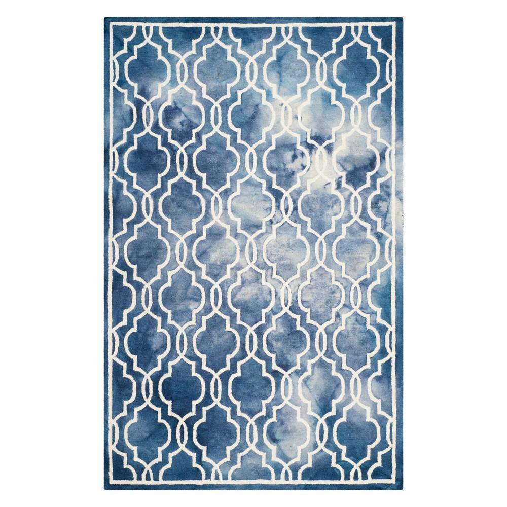 4'X6' Quatrefoil Design Area Rug Navy/Ivory (Blue/Ivory) - Safavieh
