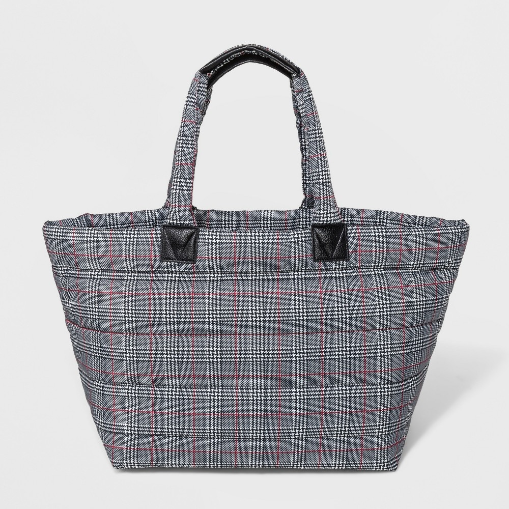 Puffer Weekender Bag - A New Day Black/White