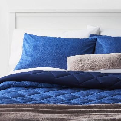 King Solid Microfiber Bed Set Navy - Room Essentials™
