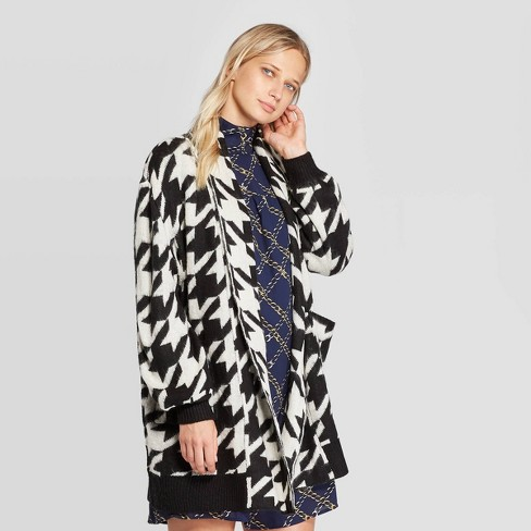 Women's Houndstooth Print Long Sleeve Cardigan - Who What Wear™ Black - image 1 of 3