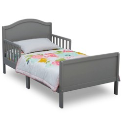 Delta Children Bennett Toddler Bed - Gray