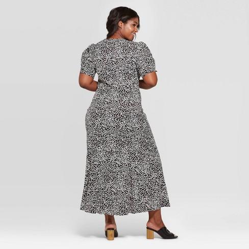 0910fb1f95c Women s Plus Size Polka Dot Short Sleeve V-Neck Maxi Dress - Who What Wear™  Black White