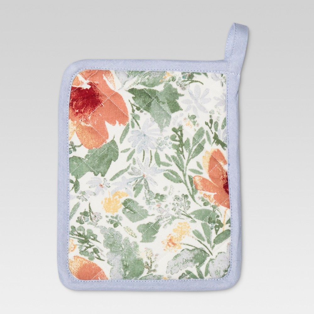 Red Kitchen Textiles Floral Pot Holder - Threshold, Ruby Ring