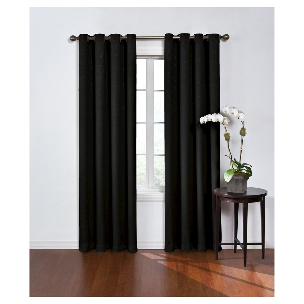 Round & Round Thermawave Blackout Curtain Black (52