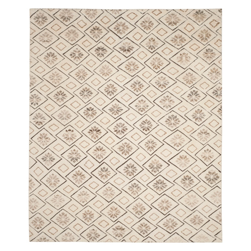 8'X10' Tribal Design Knotted Area Rug Ivory - Safavieh, White