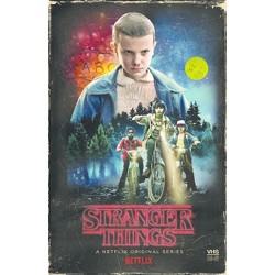 Stranger Things Season 1 Collector's Edition: (Target Exclusive) (Blu-Ray + DVD)