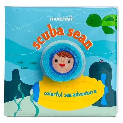 Munchkin Soapy Stories Scuba Sean Finger Puppet Bath Book