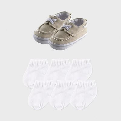 Luvable Friends Baby Boys' 7pc Boat Shoes & Socks - Beige 6-12M