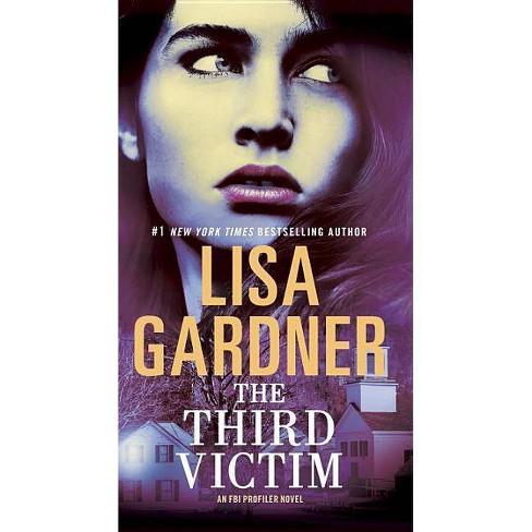 The Third Victim - (FBI Profiler) by  Lisa Gardner (Paperback) - image 1 of 1