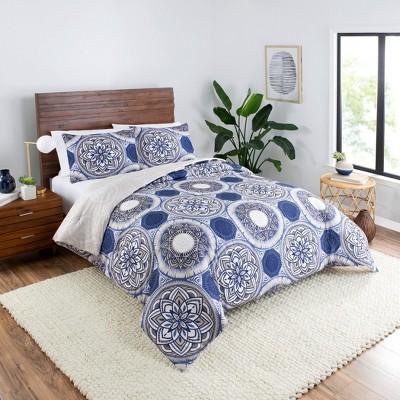 Gwenn Reversible Comforter Set - Vue