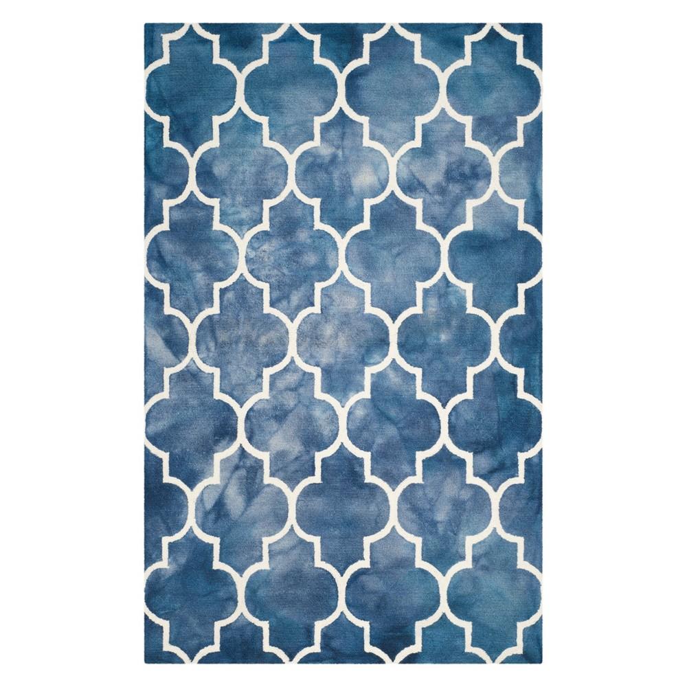 6'X9' Quatrefoil Design Area Rug Navy/Ivory (Blue/Ivory) - Safavieh