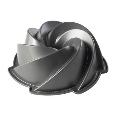 Nordic Ware Pinwheel Bundt Pan