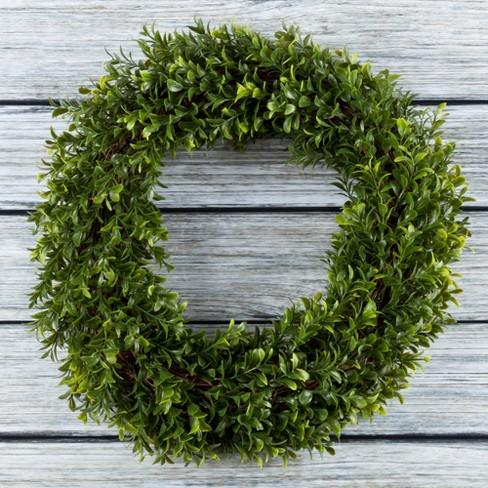 "Round Artificial Hedyotis Wreath 15"" - Pure Garden - image 1 of 3"