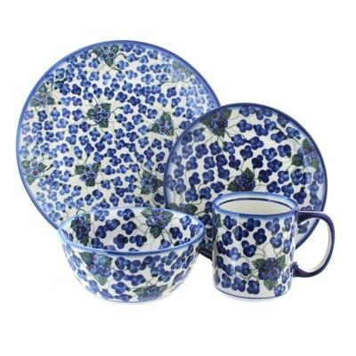 Blue Rose Polish Pottery Royal Vine 16 Piece Dinner Set