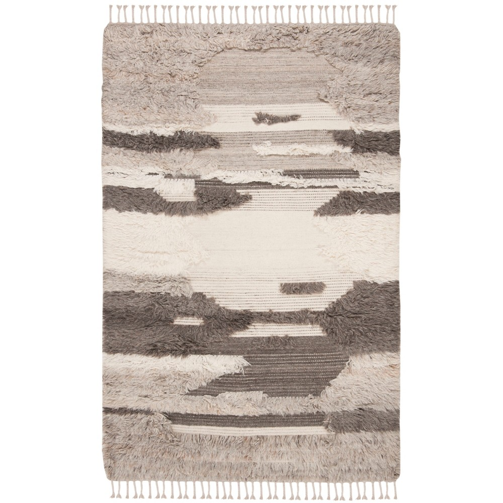 5'X8' Camouflage Knotted Area Rug Ivory/Gray - Safavieh, White