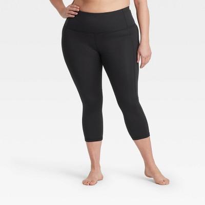 """Women's Contour Power Waist High-Waisted Capri Leggings 20"""" - All in Motion™ Black"""