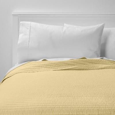 Full/Queen Garment Washed Microfiber Quilt Cream - Room Essentials™