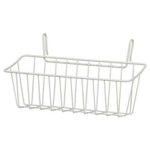 Hanging Wire Basket Garden Design Ideas