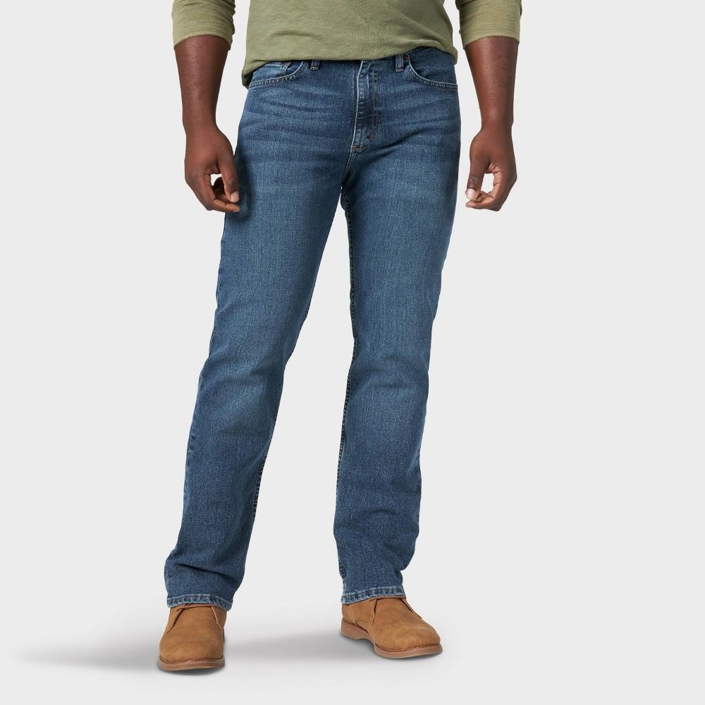 Wrangler Men 39 S Relaxed Fit Straight Jeans Light Blue 42x32