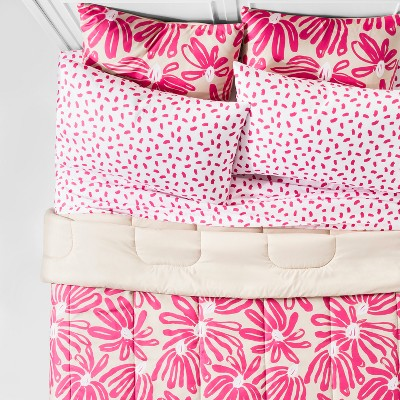 Pink Floral Printed Comforter Set (Twin/Twin XL)5pc - Room Essentials™