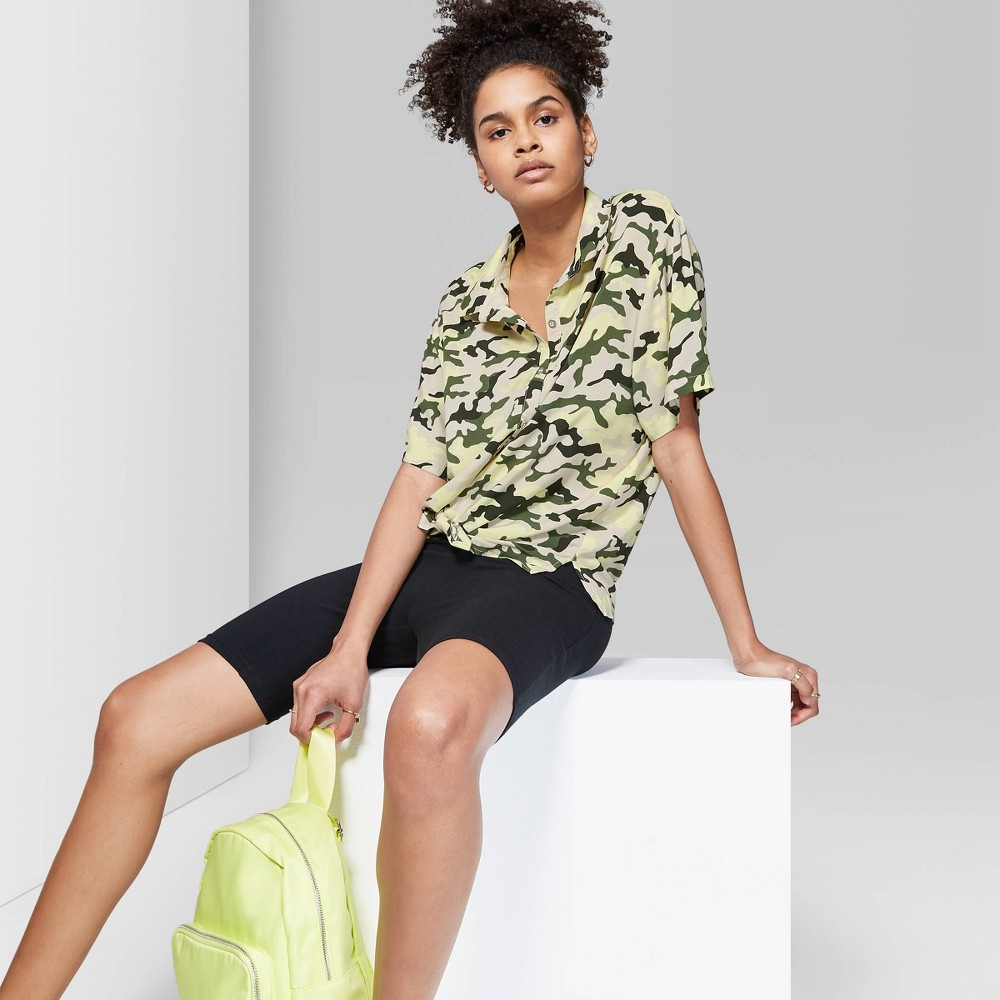Women's Camo Print Oversized Short Sleeve Button-Down Shirt - Wild Fable Lime Green M