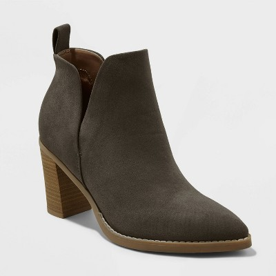 Women's Vanessa Heeled Ankle Boots - Universal Thread™